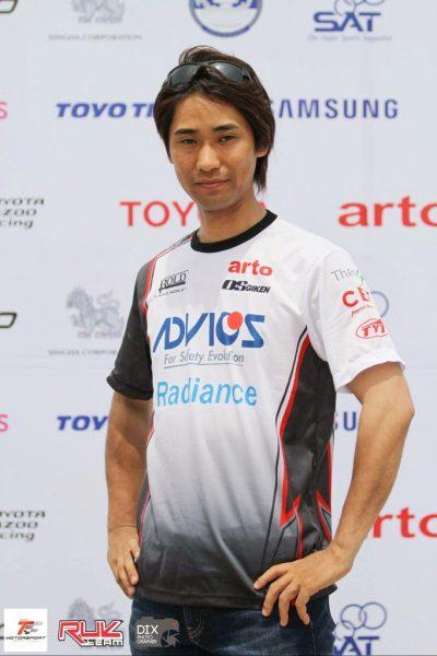 レーシングドライバー和田慎吾さん トークショー&車両展示